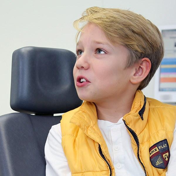 Eingewöhnung lose Zahnspangen für Kinder